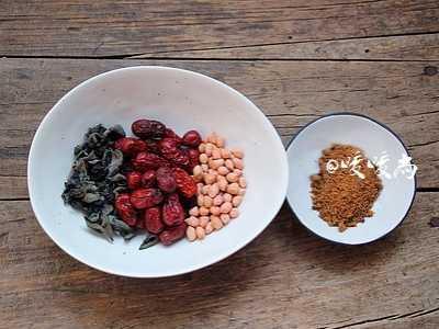 红枣花生木耳甜汤 花生甜汤的做法