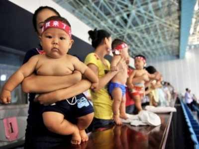 三张图看清中国为何全面放开二胎 如何看待中国二孩政策