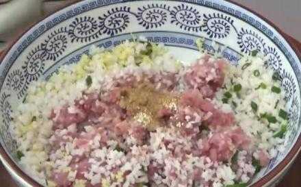 红烧狮子头的家常做法 红烧狮子头是哪的菜